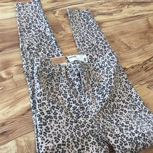New Garage leopard high rise jeggings size 0